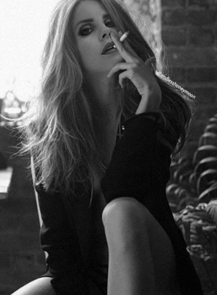 image Lana del rey avril lavigne amp kesha rose nude