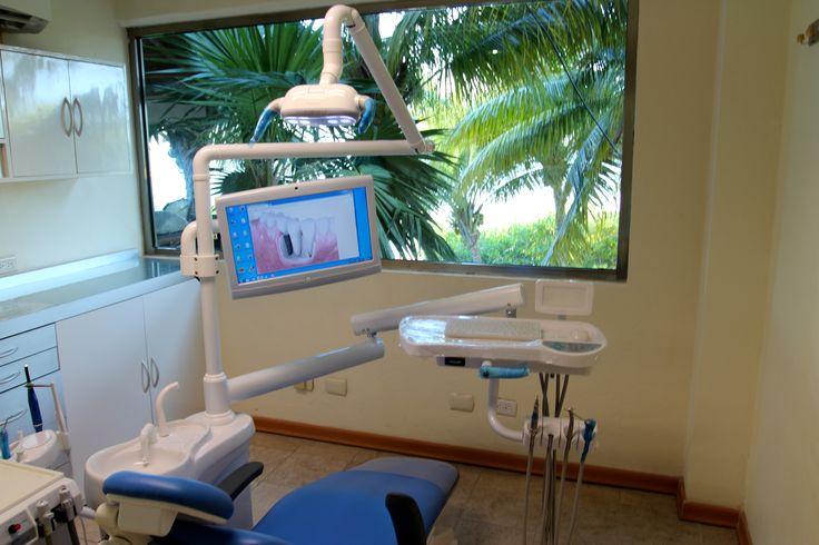 Ocean Dental, ubicada en Blvd Kukulcan KM 12.7 Plaza Sands Loc #2 es una clínica dental equipada en Cancún, México, está certificada por la Asociación Dental Americana, y ofrece una gama completa de servicios dentales.