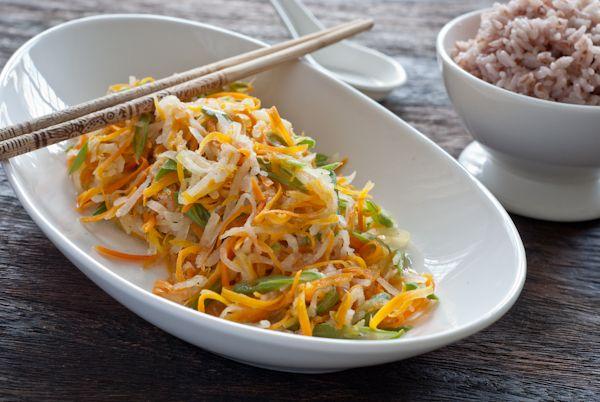 Stir-fry carrot and jicama