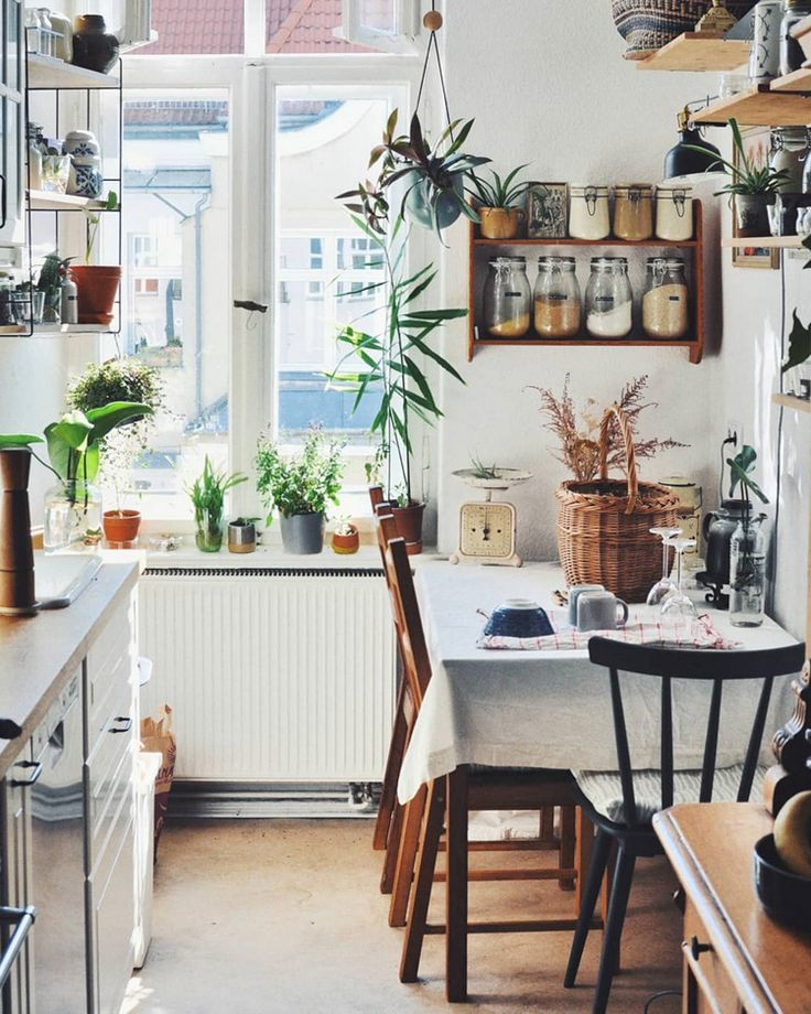 kitchen | apartment | interior design | home decor | grandma style | urban jungle | bohemian | vintage