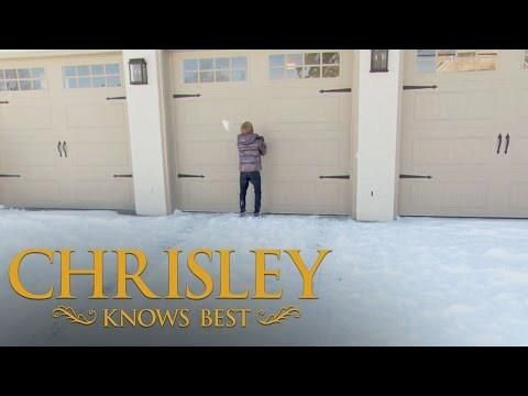 Chrisley Knows Best | 'Chase In Charge' Sneak Peek, Episode 409 http://bestofchrisleyknowsbest.com/chrisley-knows-best-chase-in-charge-sneak-peek-episode-409/