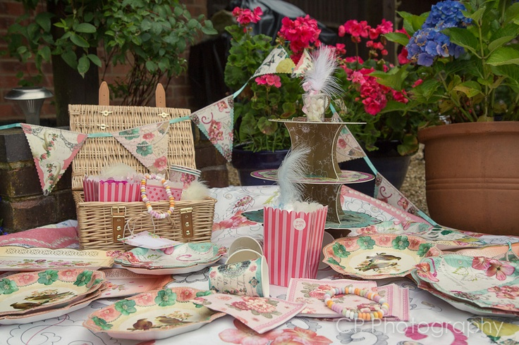 The vintage picnic can be a get together by the river, a music festival, the races or a garden celebration at home.  Orders yours at www.fuschiadesigns.co.uk.