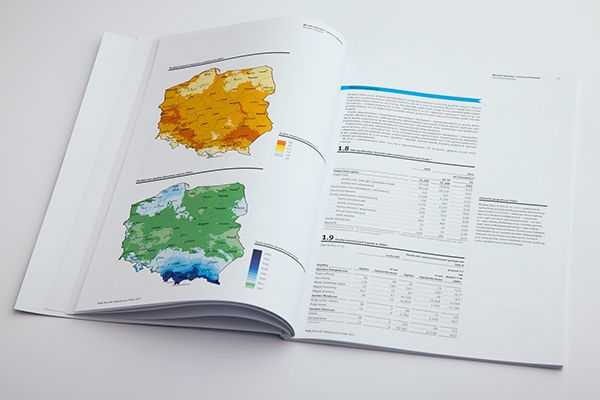 Yearbook of Poland 2011 – Redesign on Behance