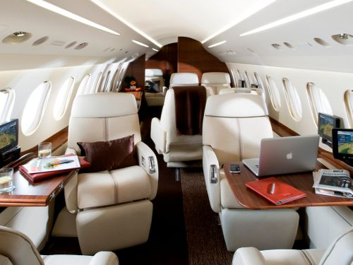 This 50mm Large Cabin Jet Can Land At 104 Knots And Stop