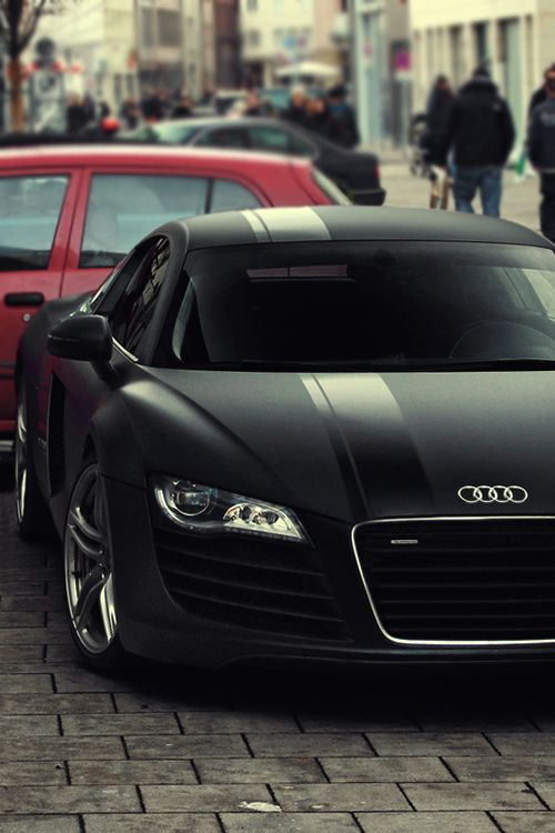 Cool Matte Black Audi R8 - very slick.