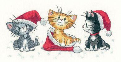 Christmas Kittens - Cross Stitch Pattern by Heritage Crafts
