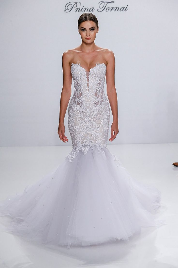 Best 25 pnina tornai ideas on pinterest pnina tornai for Used pnina tornai wedding dress