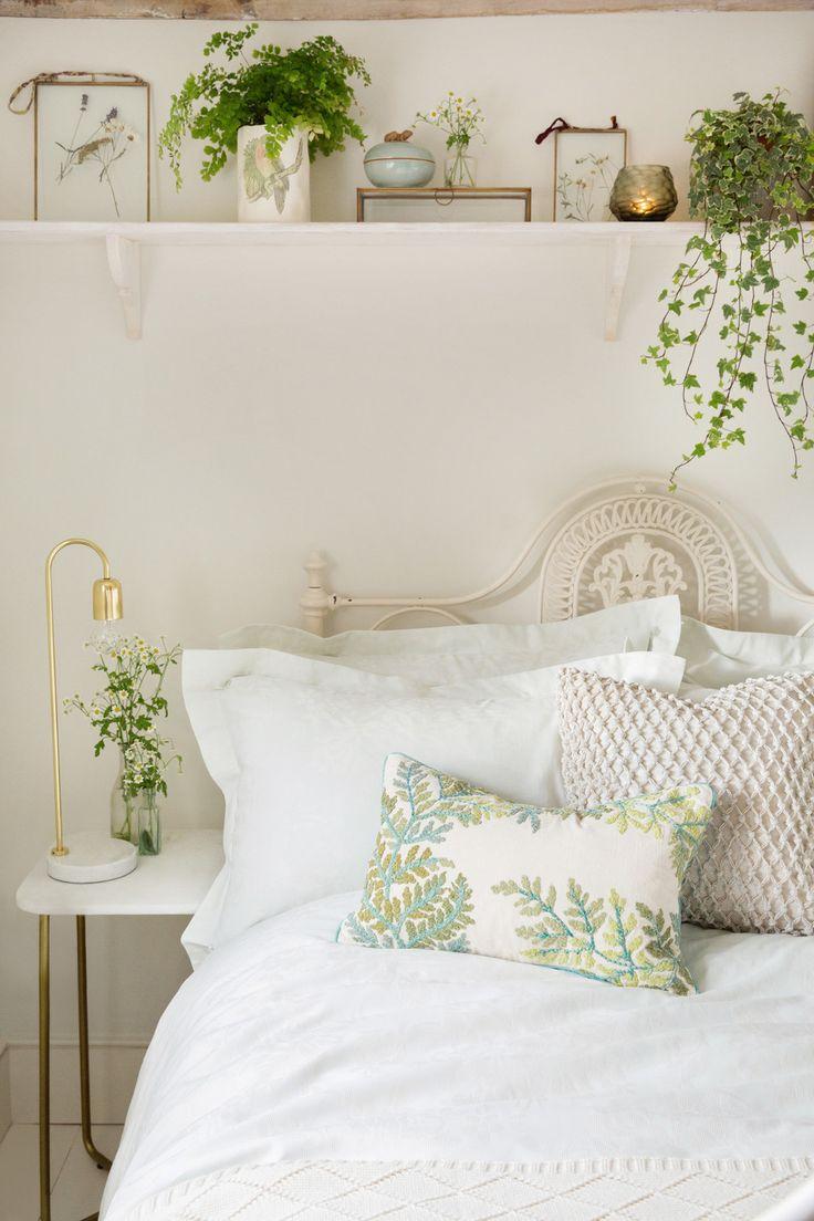 Dorm Room Inspiration Pink