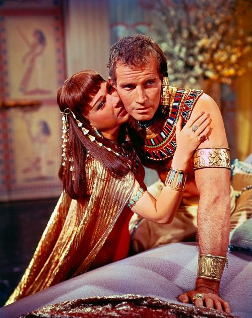 Anne Baxter & Charleton Heston in The Ten Commandments. They did five films together.
