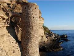 Torretta del Bagno - Capraia Isola - Visit Italy