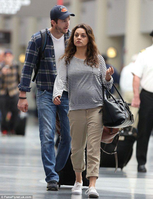 Looking swell! 'Pregnant' Mila Kunis displays growing tummy as she enjoys breakfast date with Ashton Kutcher - DAILY MAIL #MilaKunis, #AshtonKutcher