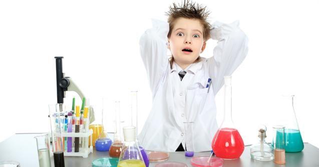L'électricité statique, activités scientifiques pour les enfants. | Educatout