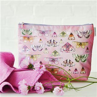 Issoria Rose Large Washbag | Designers Guild