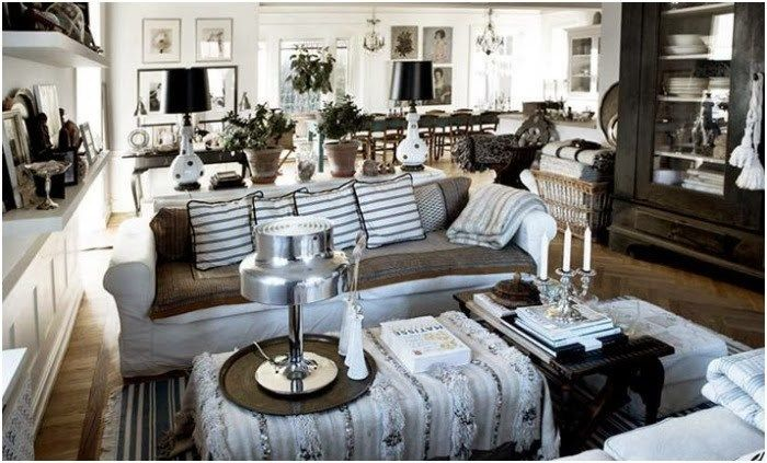 Modern Moroccan in black, white and natural…