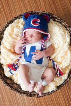 Chicago Cubs newborn photo. Win Flag onesie. Too cute.