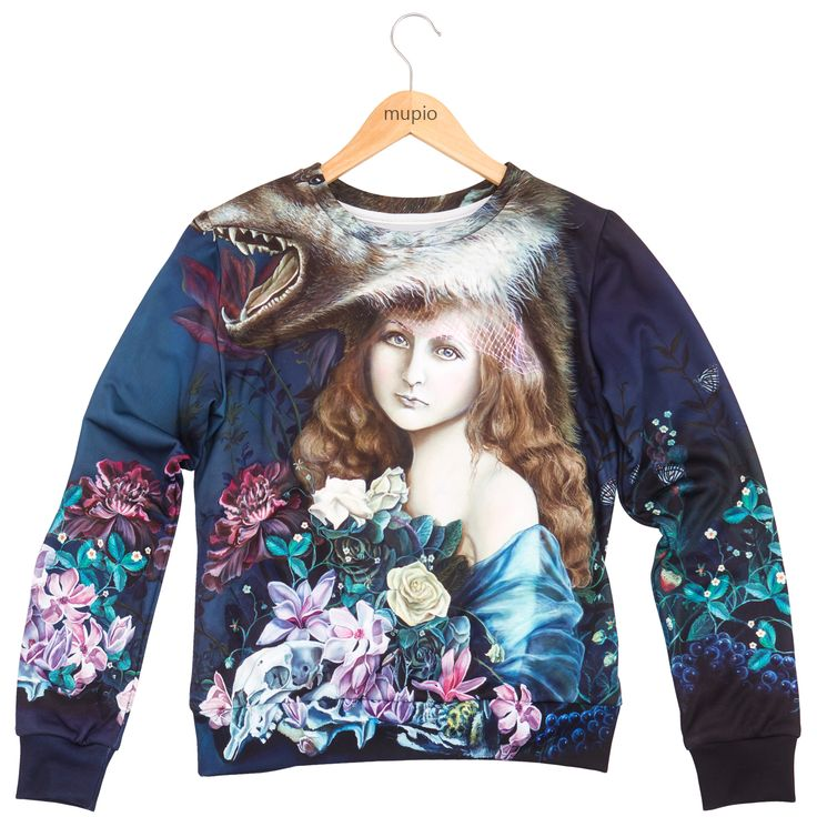 Price:40 EURO  Dress up in a sweatshirt with a motif depicting the baroque portrait of a girl among the flowers. The design based on an oil painting of Martha Julia Piórko, an artist renowned fo...