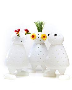 Super cute vase idea! Would look great next to my green pig!: Vase Ideas, Creative Ideas, Miriam Vans, Vans Of, Der Lubb, Flowers Holders, Bloom, Vans Eijk, Niel Vans