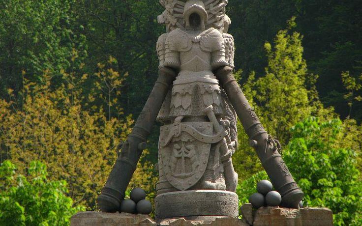 Sagliano: particolare dal monumento a Pietro Micca