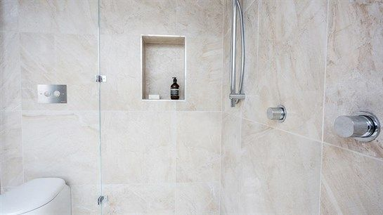 Brad and Dale's Master ensuite - love everything about this!