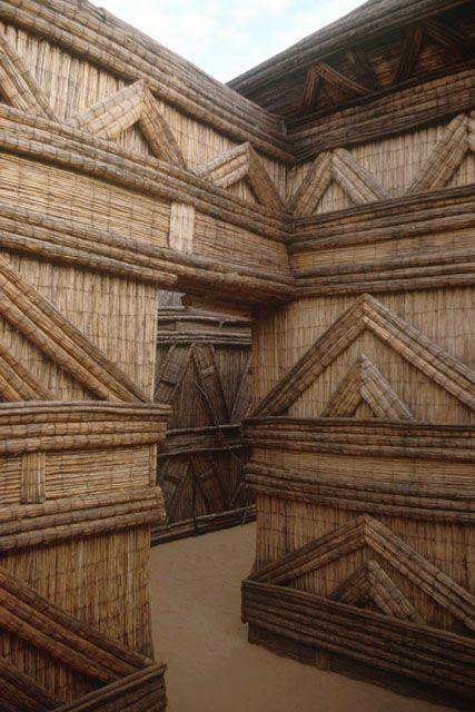architecture africaine : cloisons en fibres végétales, Sénégal, Diourbel…