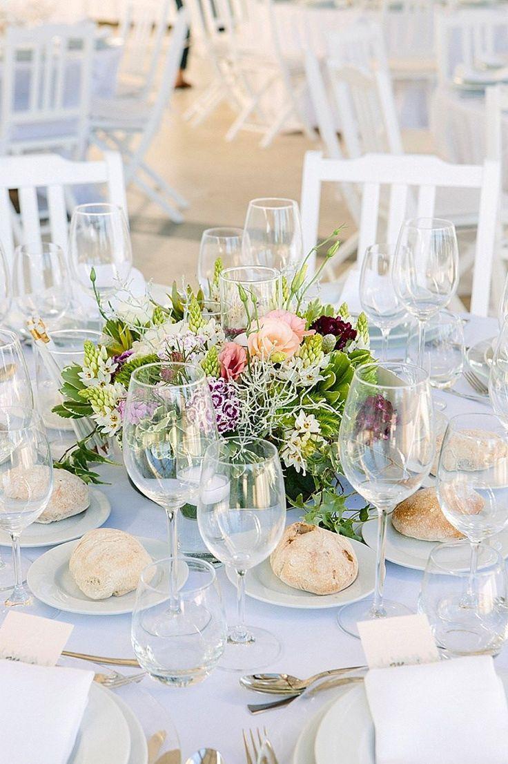 Centerpiece   #wedding #weddingdecoration #weddingideas #weddinginspiration #greenandwhite