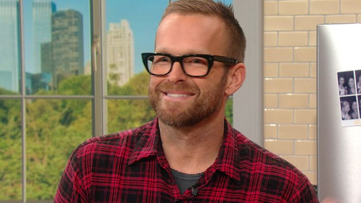 "Are you trying to lose weight in the new year? This show is for you! Our entire audience is filled with viewers who want to start losing weight, and we\''ve enlisted ""Biggest Loser"" trainer Bob Harper to get them started on a diet and..."