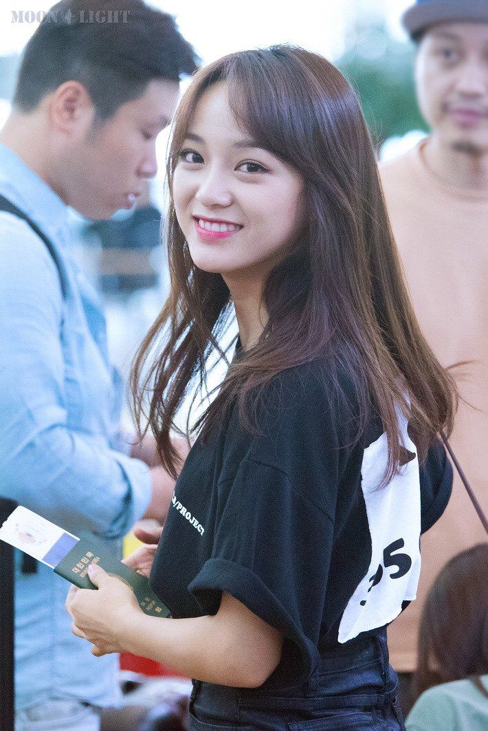 I love the way you look at someone Sejeong unnie❤️