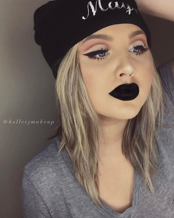 Grunge.  #Makeup #Make #Up #Grunge #Punk #piercing #Black #lipstick #Kylie #Jenner #eyebrows #Blonde #Beanie #Lip #Highlight #Becca #Anastasia #Brows #DipBrow #Champagne   See this Instagram photo by @holleejmakeup • 374 likes
