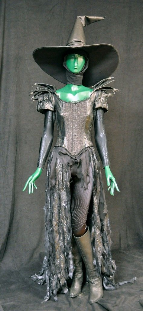 Mila Kunis' costume from Oz the Great and Powerful