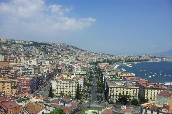 Dove scattare foto panoramiche a Napoli #allhqfashion http://www.allhqfashion.com/