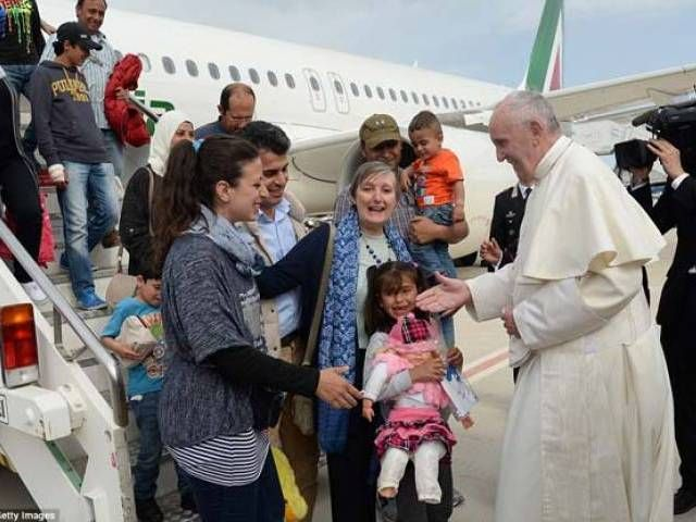 'Francis gave us a new life': Syrian refugees taken in by Vatican - The Express Tribune