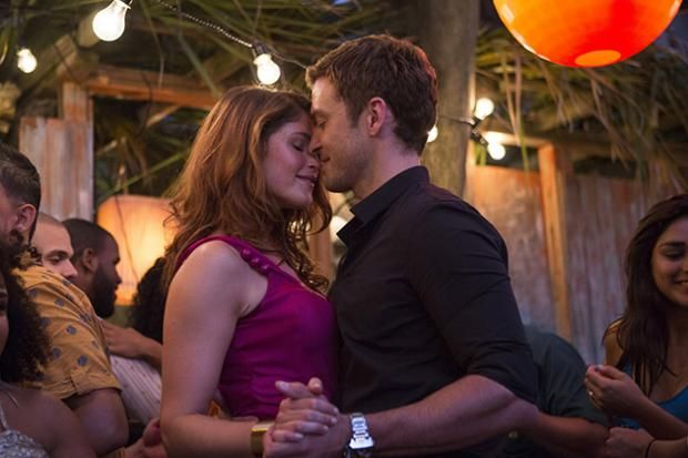 """""""Ridiculous, incoherent 'Runner Runner'"""" By NATALIE GADBOIS Photo by 20th Century Fox Published October 11, 2013"""