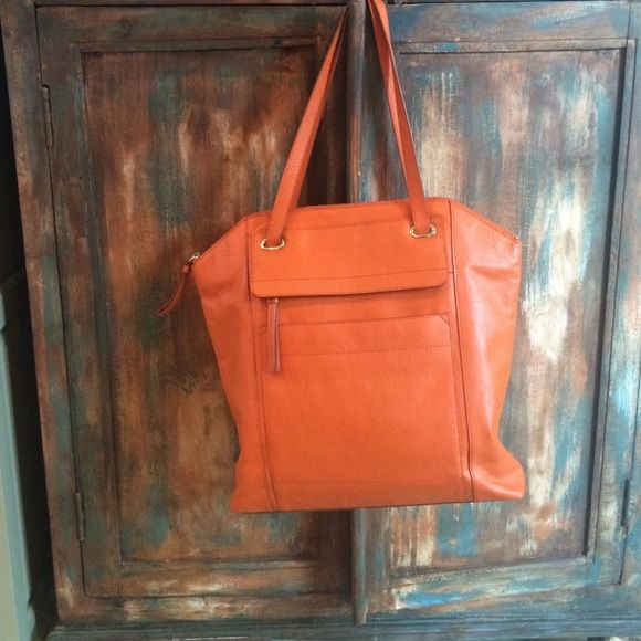 Banana Republic, tote bag, very gently used Dull/burnt orange Banana Republic Bags Totes