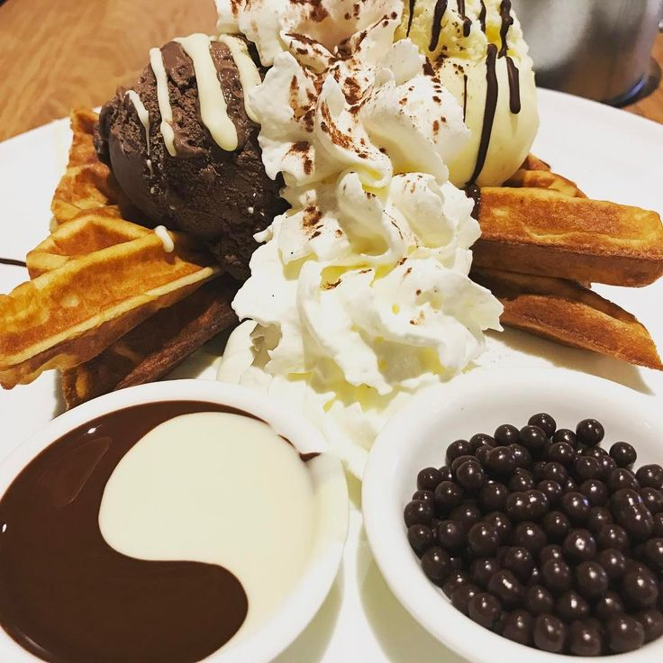 "55 Me gusta, 11 comentarios - Julie.G (@i_am_julie.g) en Instagram: ""😍😍😍 #息子はベビーシッターさんとお留守番 #至福のとき #1人の時間 #おうちの近所のカフェ #気になってたお店 #パパありがとう #感謝してます"""
