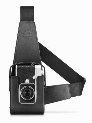ライカカメラジャパンは、「ライカM10」(Type3656)を2月に発売する。価格は税別85万円。ボディカラーはブラッククロームとシルバークロームの2色。