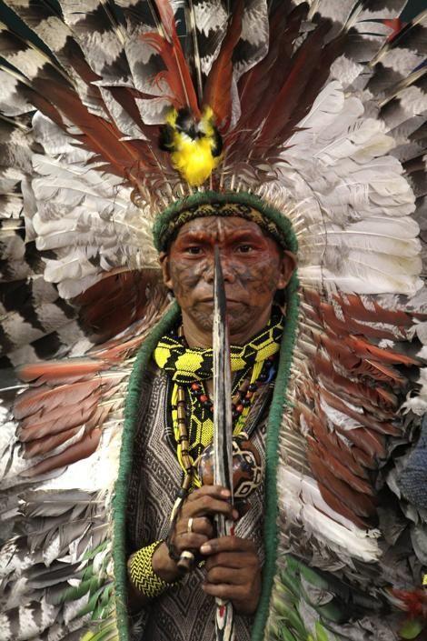 El capo de la tribu brasilegna