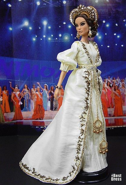 Ninimomo's Barbie.  Mediterranean and Middle East.  2009/2010  Miss Cyprus (dress Alexander McQueen)