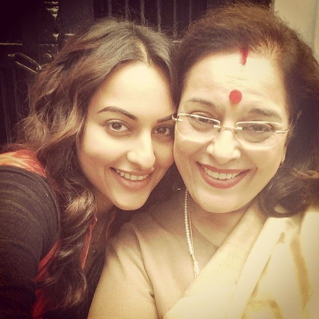 Sonakshi Sinha with mom Poonam Sinha on the sets of Tevar