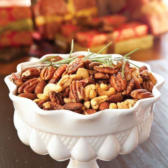 These Caramelized Bacon Mixed Nuts are a delightful mixture of almonds, bacon, brown sugar, and cashews.Card