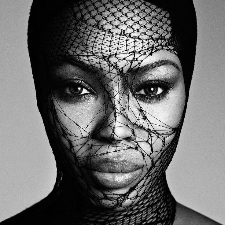 """5,721 Me gusta, 30 comentarios - FashionPhotographyAppreciation (@fashionphotographyappreciation) en Instagram: """"Supermodel Naomi Campbell photographed by Luigi and Iango for Exhibition Magazine """"Powder"""" issue,…"""""""
