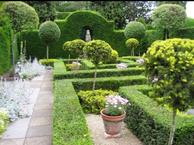 Laskett Gardens U.K.