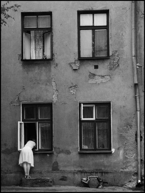 Artur Urbański (Lodz, Courtyard at Tuwima Street), 2001