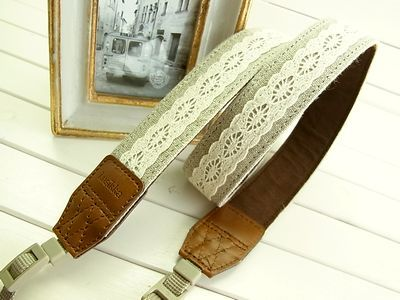 Lusikka linen and lace camera strap