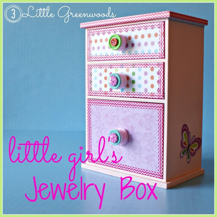 Pretty, polka dot, and pinkalious storage for your little girl's jewelry! Upcycled Little Girl's Jewelry Box by 3 Little Greenwoods