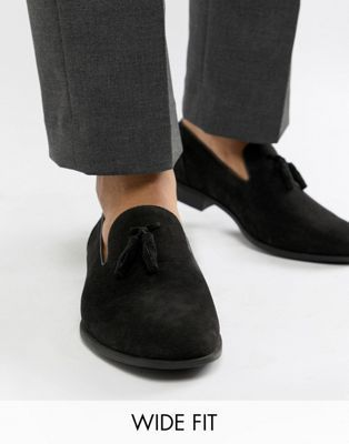 481cf1079f DESIGN Wide Fit tassel loafers in black faux suede | P&P SHOPPING ...