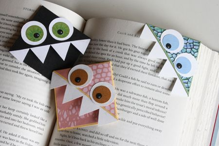 paper bookmarks - fun craft idea for the kiddos : Monsters Bookmarks, Crafts Ideas, Cute Monsters, Book Markers, Corner Bookmarks, Cute Bookmarks, Kids, Monster Bookmark, Diy