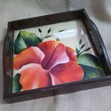 Resultado de imagen para bandejas de madera pintadas amano