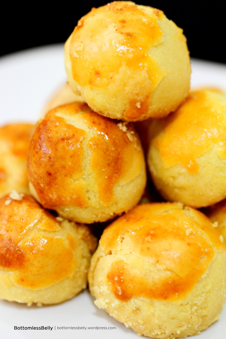 Kue Nastar - These traditional Indonesian cookies with sweet pineapple filling are typically made during holidays. #Indonesian recipes #Indonesian cuisine #Asian recipes http://indostyles.com/