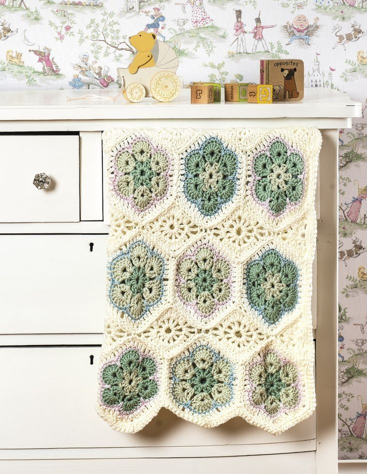 5 Flower Embroidery Tricks - Learn to Crochet - Crochet ...