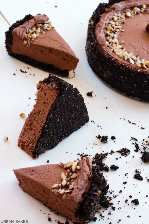 Hazelnut Chocolate Cheesecake | urbanbakes.com
